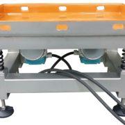 VT-triltafel-met-geluiddempende-Kobaflex-AViTEQ-1
